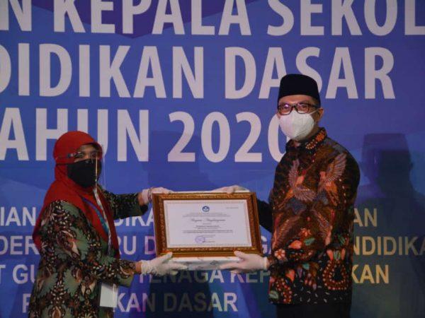 Penghargaan Kepala Sekolah Inspiratif Tingkat Nasional 2020