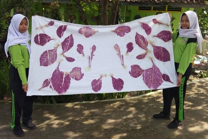 Inovasi Batik Ecoprint