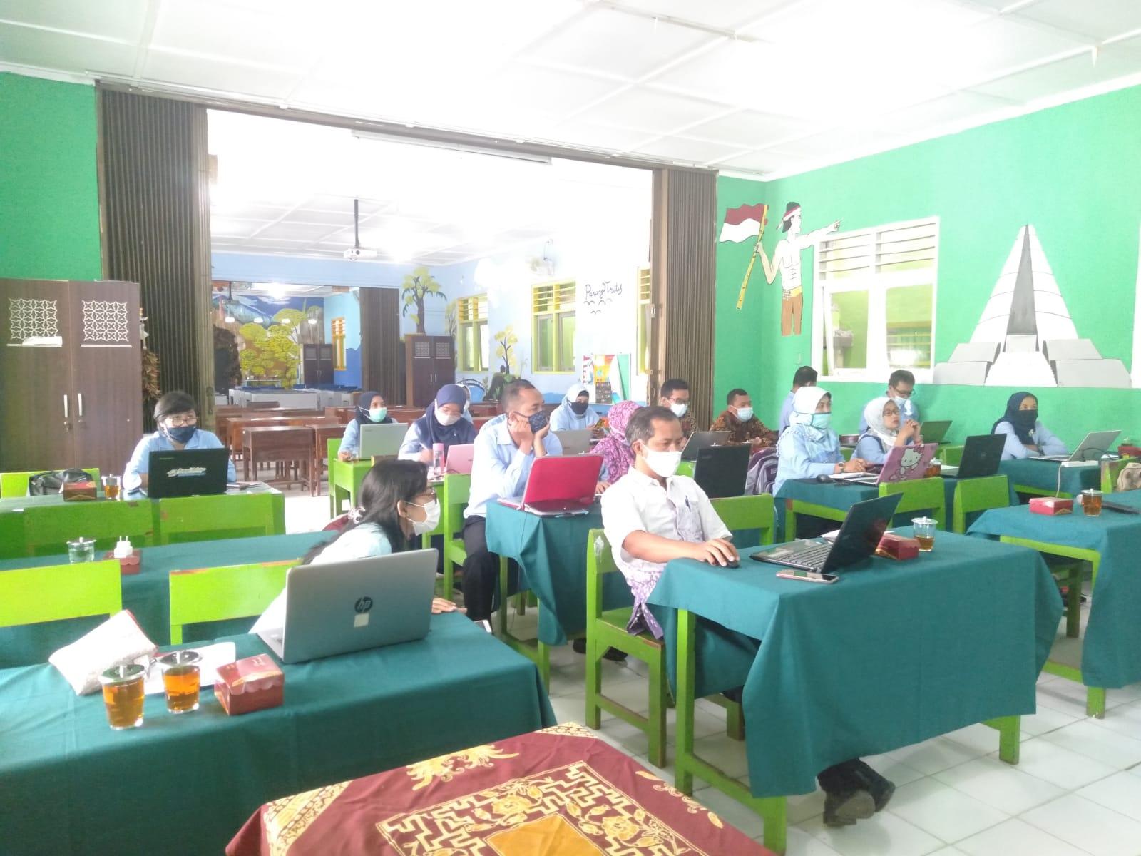 Workshop Peningkatan Mutu Sekolah MKKS