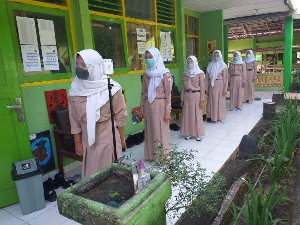 Gladi TKM SMP Negeri 2 Pakem.Patuhi Prokes